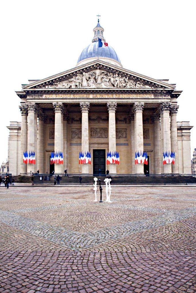 Bécassine(s) au Panthéon